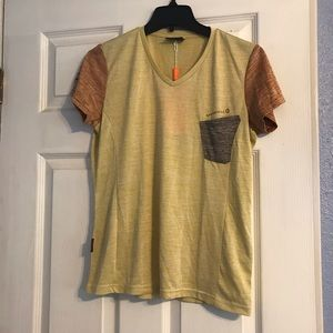 Merrell athletic workout top